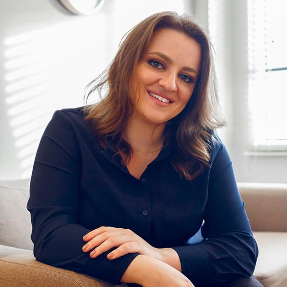 Livia Castro